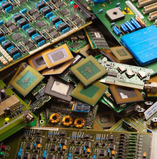 electronic-circuits-garbage-from-recycle-industry